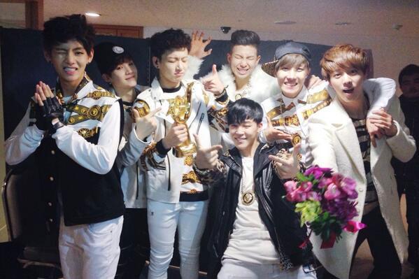 Top 15 Catchiest K-Pop Group Greetings Soompi - greeting