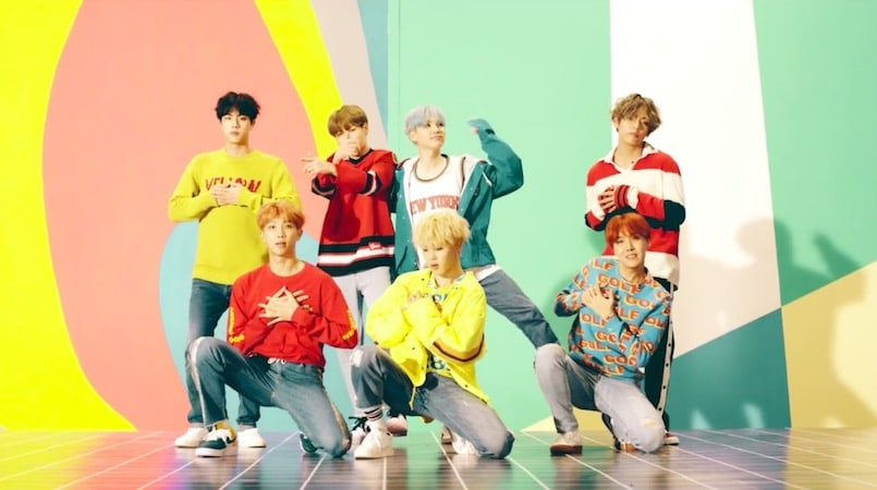 Seoul Wallpaper Iphone Bts Tops Oricon Albums Chart In Japan For The Month Of