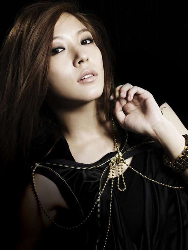 Beautiful Korean Girl Wallpaper Yg S Yang Hyun Suk Wants To Recruit Sm S Boa Soompi