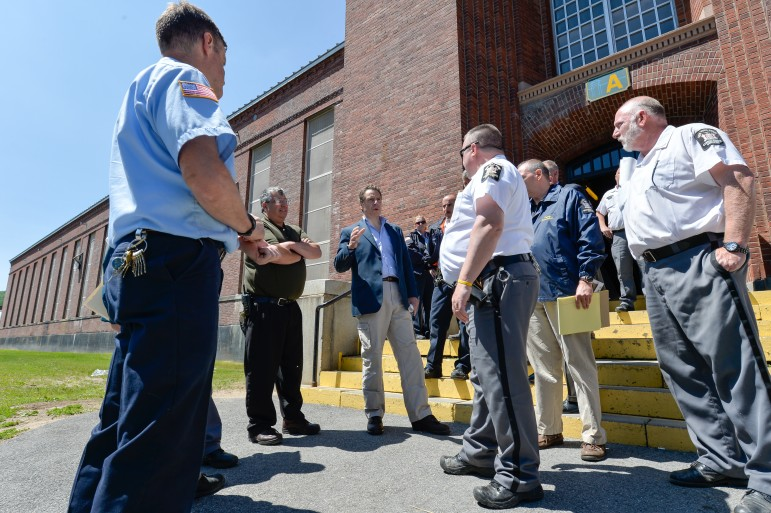 NYS Prison Budget Climbs, Despite Fewer Inmates City Limits - new york state correction officer