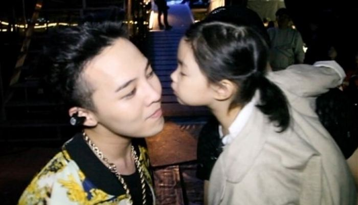 Taeyang Cute Wallpaper G Dragon Receives Kiss From Tablo S Daughter Haru Soompi