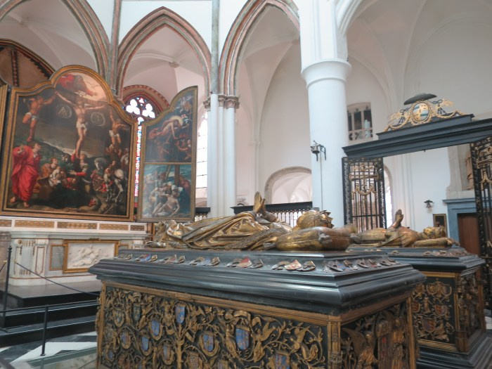 Visiter Bruges fauteuil roulant Eglise Notre-Dame