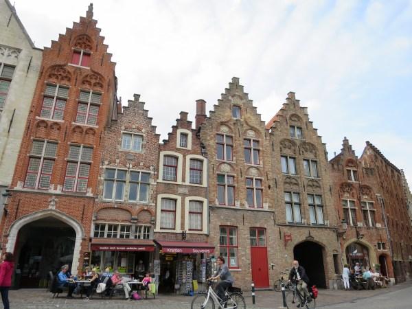 Visiter Bruges fauteuil roulant Jan Van Eyck