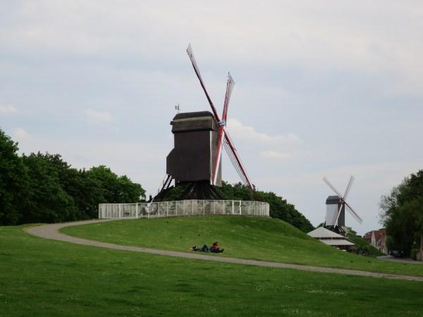 Visiter Bruges fauteuil roulant Moulin