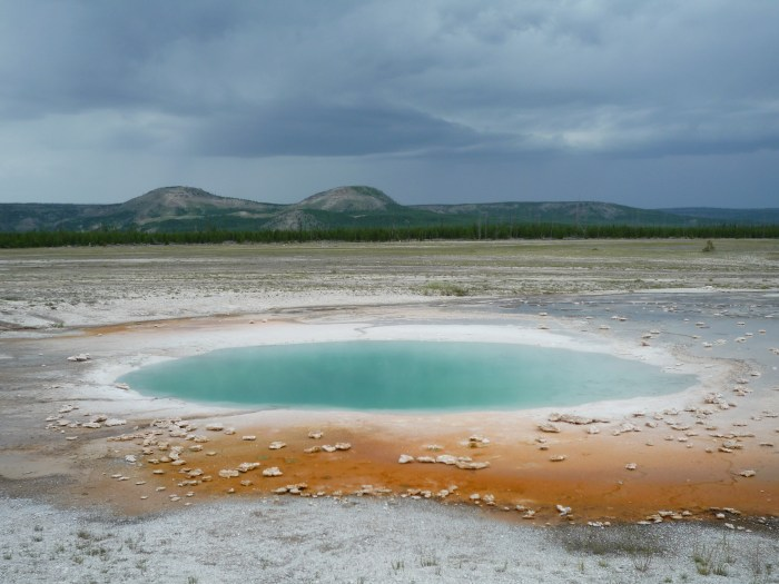 Ouest américain Yellowstone National Park Midway Geyser Basin