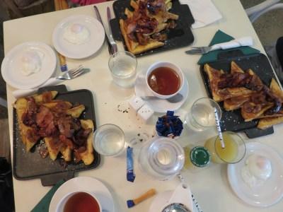 YHA Townsville Breakfast