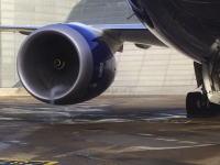 旅客機のジェットエンジンを地上でフルスラストの80%まで回してみた。