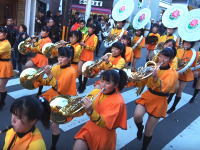 海外でとても高評価を得ている京都橘高校吹奏楽部のマーチング演奏。大手筋商店街パレード