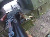 ウクライナ戦争。塹壕に隠れて戦う兵隊さんのヘルメットカメラがなんか昔みたい。
