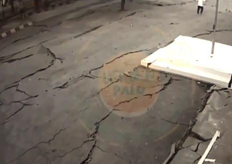 まるで生き物のように動く地面。スラウェシ中央部で撮影されたマグニチュード7.5の地震の瞬間がすごい。