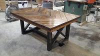 DIY Pallet Chevron Kitchen Table | 101 Pallets