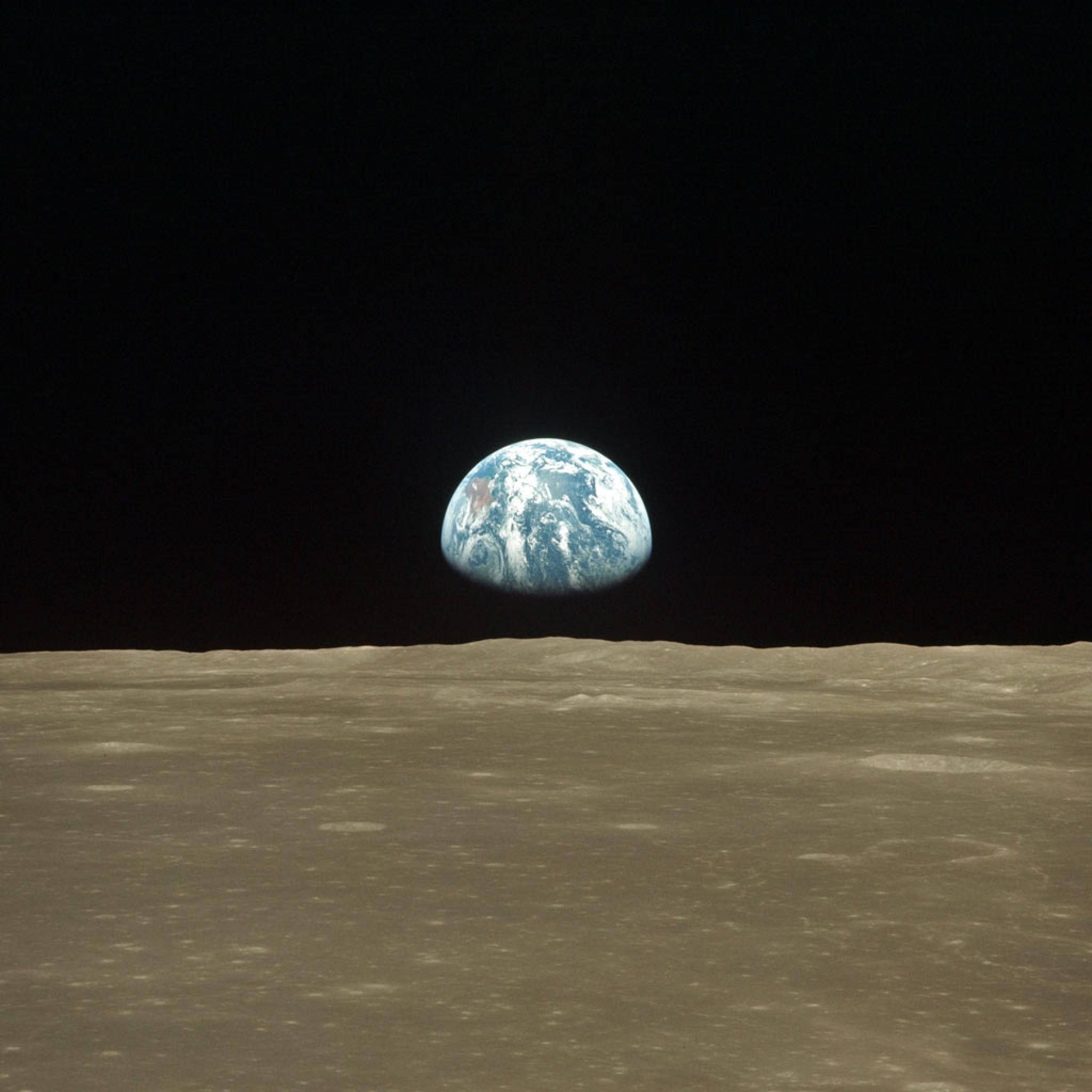 Andromeda Galaxy Wallpaper Iphone Space Earth Rising Over Moon Horizon Ipad Iphone Hd