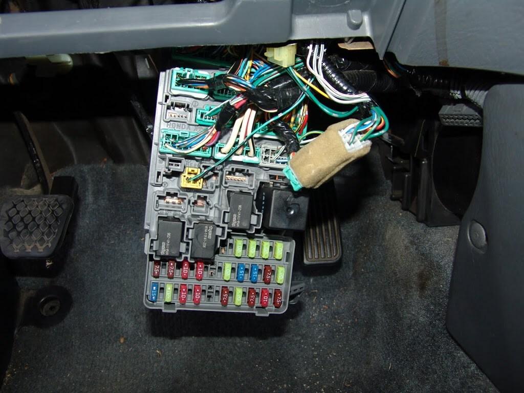99 honda pport fuse box sparky s answers 2002    honda    civic  a c and door locks do  sparky s answers 2002    honda    civic  a c and door locks do