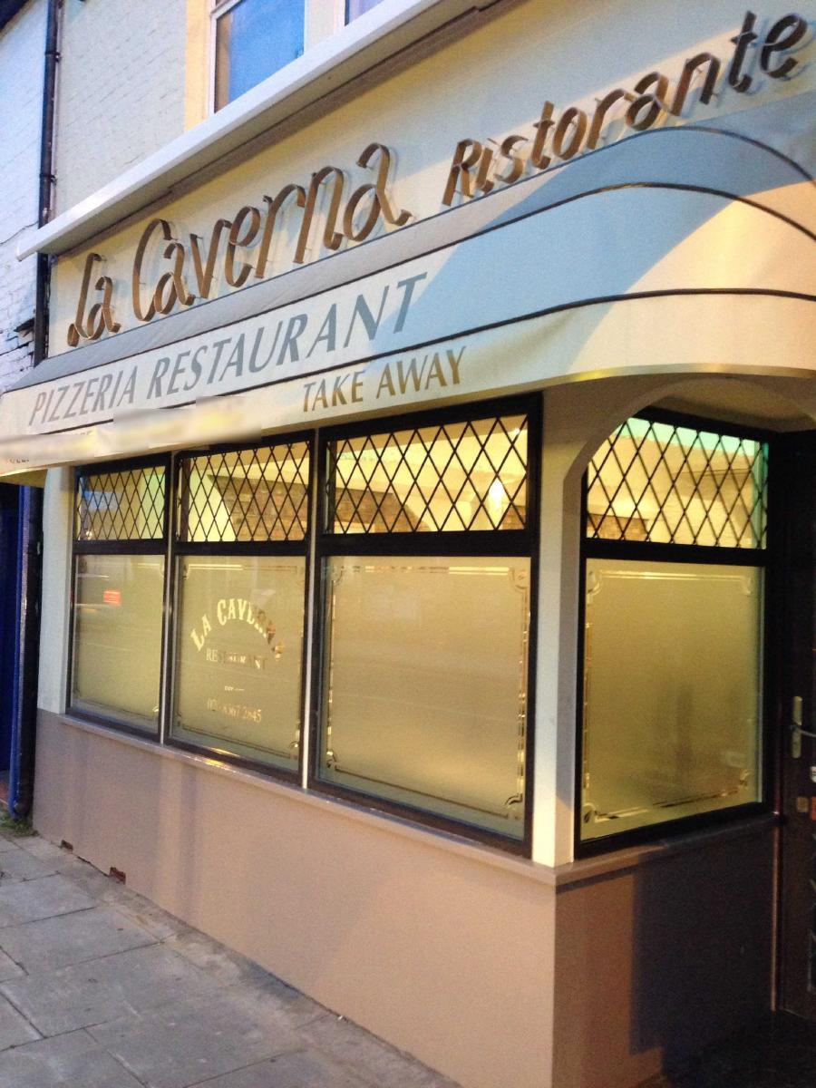 Arte Pizza Menu Enfield La Caverna In Enfield Restaurant Menu And Reviews