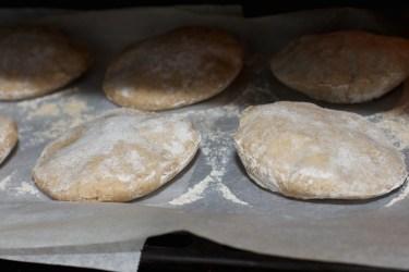 Pita broodjes 26