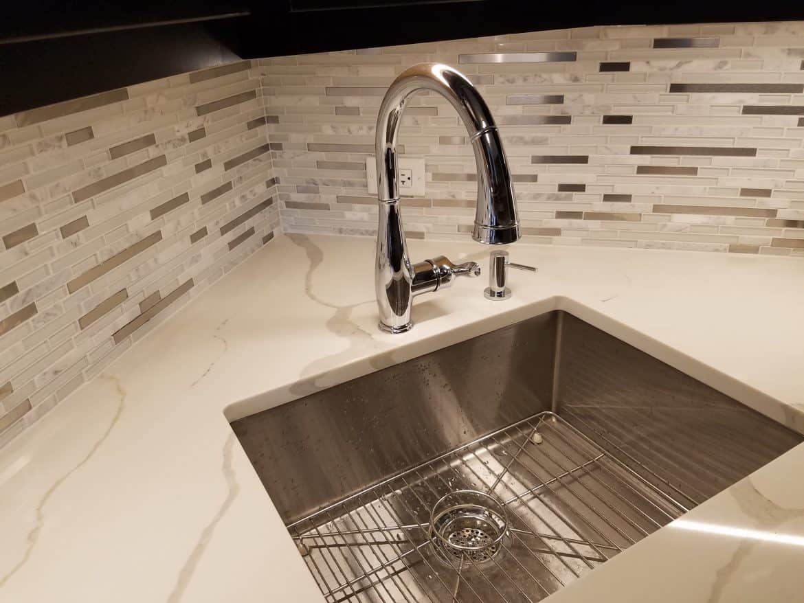 Kitchen Counter Replace Options & The Pros, Cons and Pricing