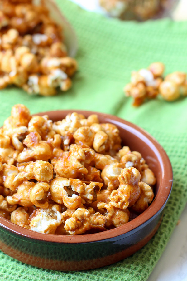 Sweet and Spicy Gochujang Caramel Corn is the perfect anytime snack. It's caramel corn with a twist. An awesome twist called Gochujang! Sweet, spicy, salty, crunchy all in one addicting bite! Happy Munching|www.kimchichick.com