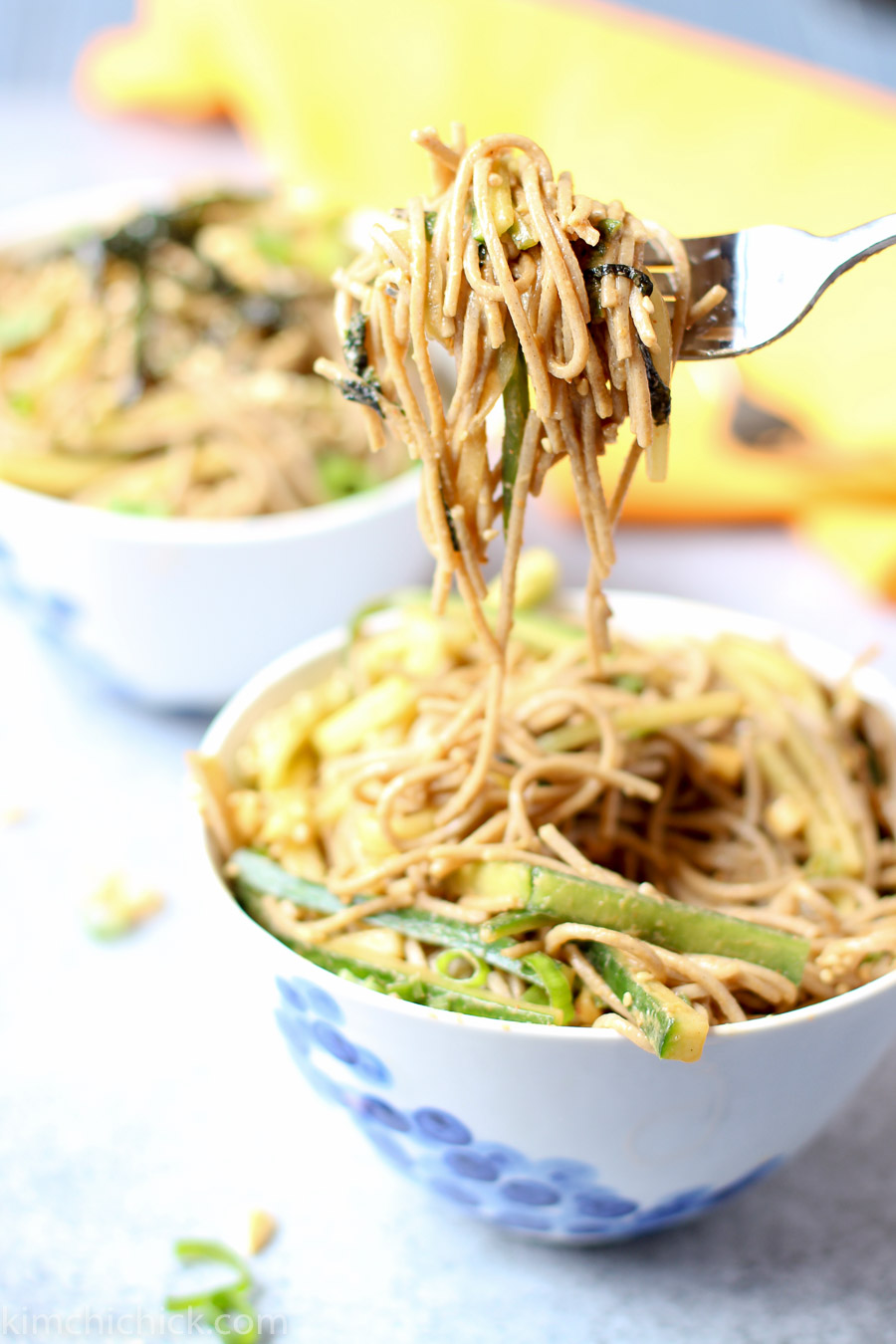 Super simple sesame soba noodles make a perfect healthy lunch, and it leaves you feeling lean and energized all day! Plus it only takes 15 minutes to make! |www.kimchichick.com