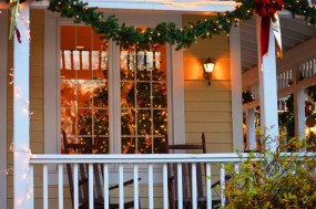Weekend of Christmas Parties 173 Carlyle House Historic Downtown Norcross