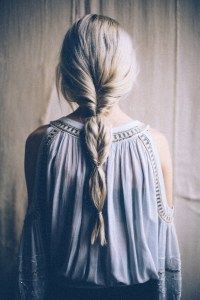How to Fake A Fishtail Braid | because im addicted