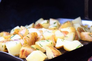 Parmesan and Herb Grilled Potato Salad on the Grill http://17thstreetkitchen.com/wp-content/uploads/2016/05/DSC_2201-2.jpg