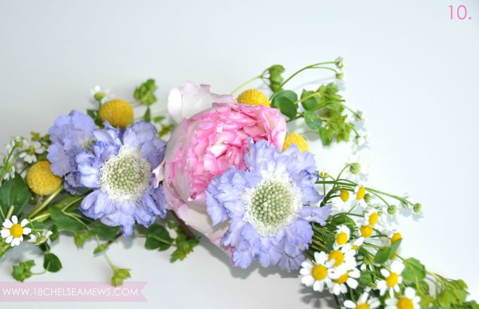 DIY wildflower wreath.7.www.18chelseamews.com