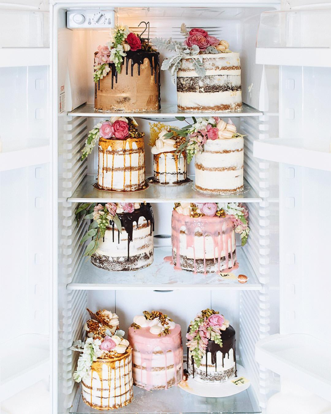 Kuche Mini Fridge Tome Coffee Shop Amazing Wedding Cakes