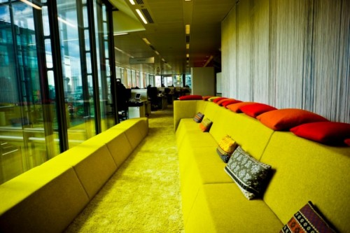 70s-style-Google-office-in-London-024-500x333