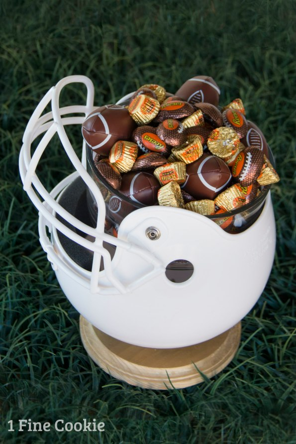 DIY Football Helmet snack bowl, how to, diy, do it yourself, make, coca cola, coke, float, soda, ice cream, football, recipe, cute, idea, tutorial, sundae, helmet, bowl snack, party, decor, table, idea, decoration, easy, tailgate, superbowl, nfl, team, dessert, video, instructions, reese's, chocolate, hershey's,