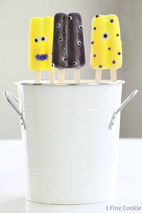 Monster popsicles, Face, how to, diy, kids, sprinkles, pops, frozen, idea, monster-themed, monster, theme, party, summer, cute, decorated, halloween,