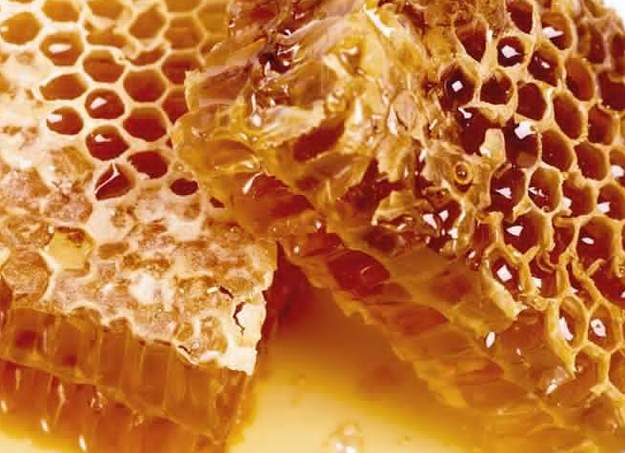 Using Honey Around The House | 31 Homemade Home Products You Need to Make Now