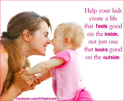 How to Praise Your Kids the Right Way Without Spoiling Them in the