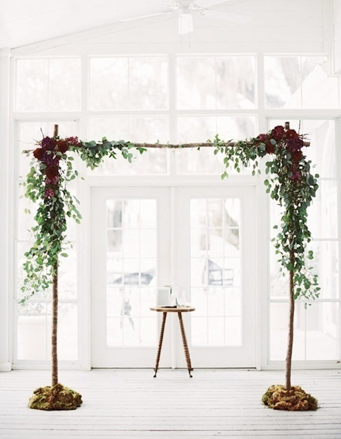 11 Arbors Perfect For The Autumn Obsessed Bride