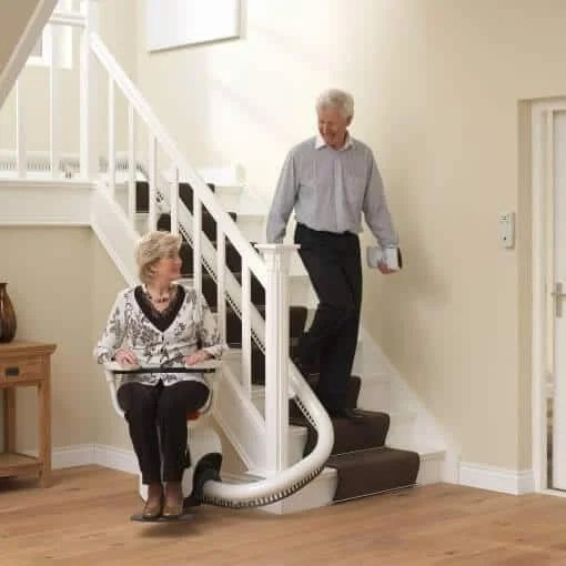 Treppenlift Flow 2 Manual Flow 2 Stairlift For Curved Stairs From 1st Choice Stairlifts