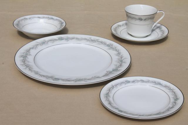 Windsor ... & Japanese China Dinnerware - Castrophotos