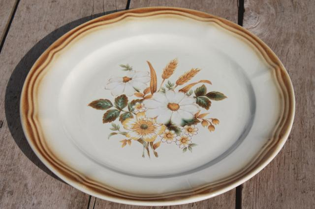 Back Bay Pottery & Country Dinnerware Patterns - Castrophotos