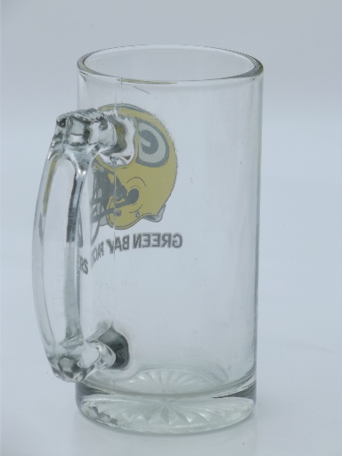 Retro Vintage Lighting Vintage Green Bay Packers Football Helmet Logo Glass Mug