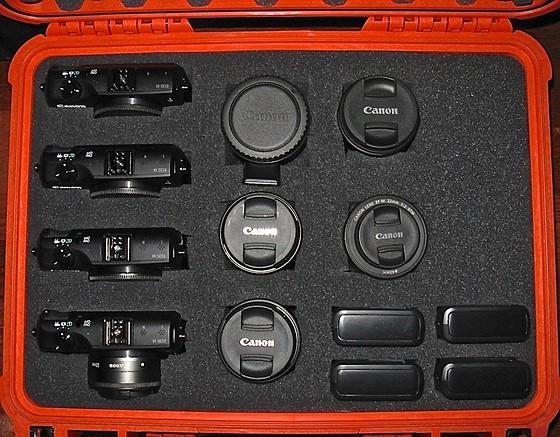 Canon Eos M Storage Case 12quot X 16quot 4 Cameras Plus 5 Lenses