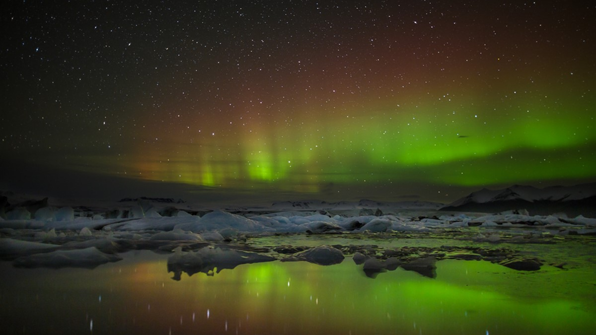 Art Wolfe Namibia Art Wolfe Auroras And A Bit Of The Unexpected In Iceland