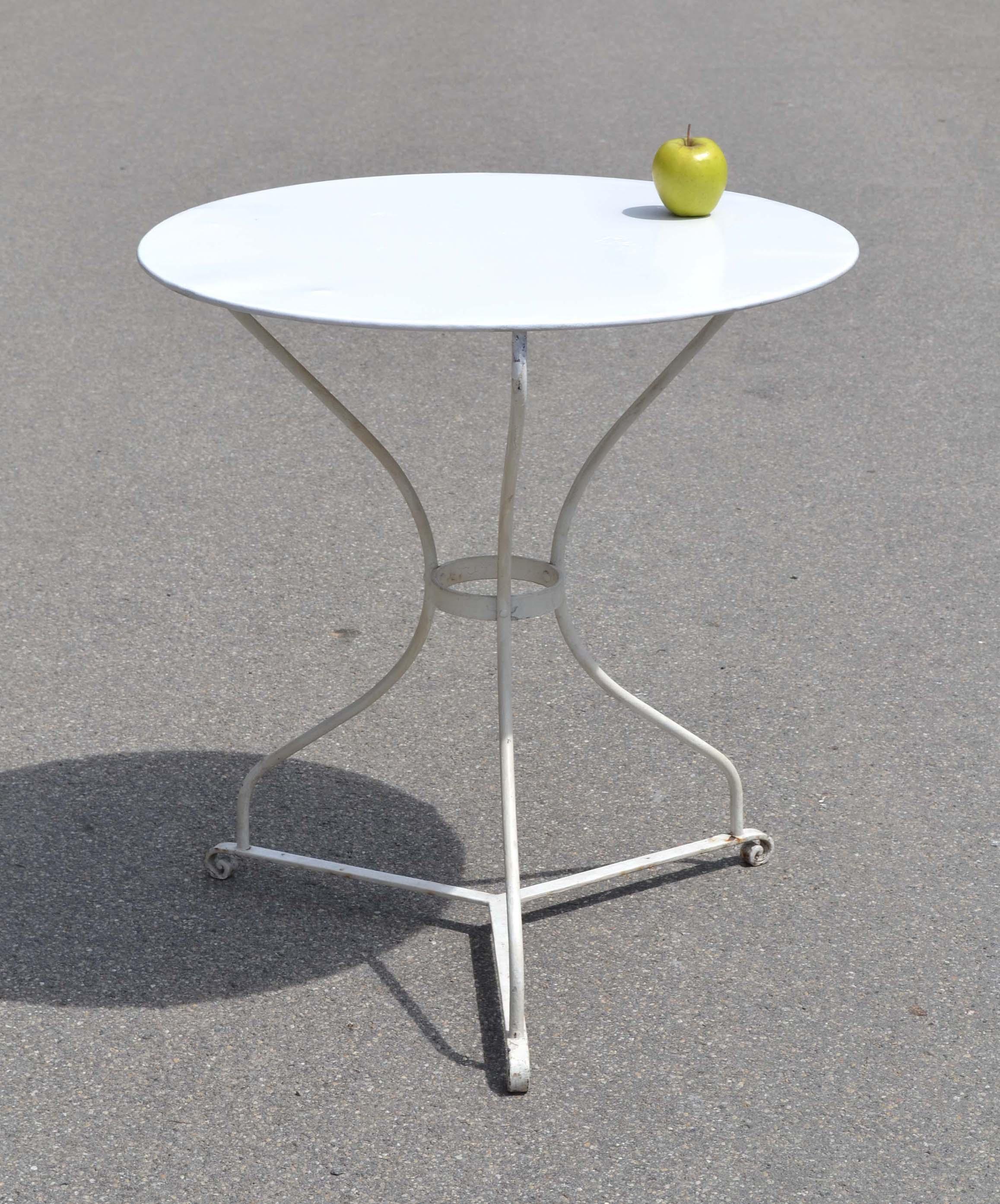 Petite Table De Jardin En Fer   Petite Table En Fer Forge Maison ...