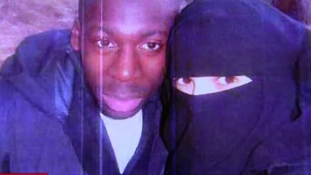 1-Paris-Terror-Couple