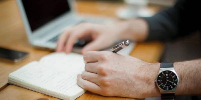 How to Craft an Effective Expert Witness Engagement Letter