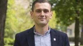 Adnan Dibrani, fiton mandatin e deputetit në Parlamentin suedez