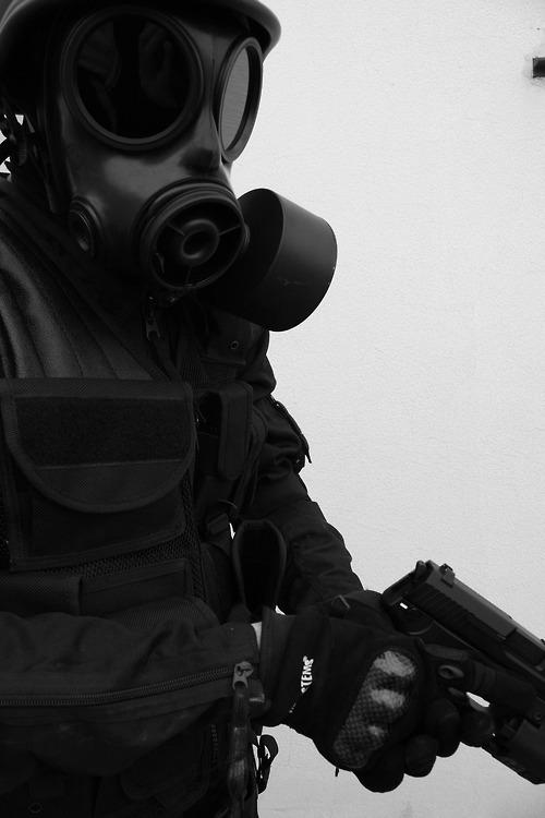 Gas Mask Girl Wallpaper Black And White Edit Mask Military Gun V Erum