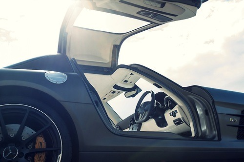 tumblr mpa39rD6QA1qkegsbo1 500 Random Inspiration 90 | Architecture, Cars, Girls, Style & Gear