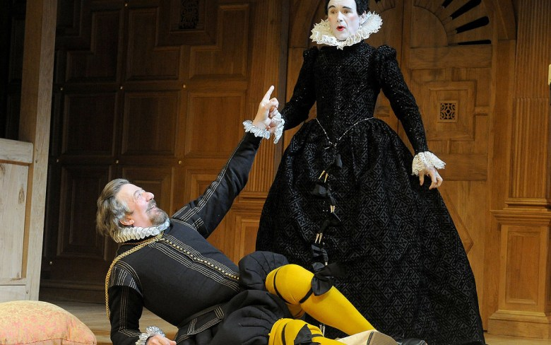 Stephen Fry's Malvolio and Mark Rylance's Olivia,  Belasco Theater's 2013 production.