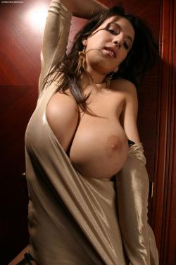 adriana sephora topless