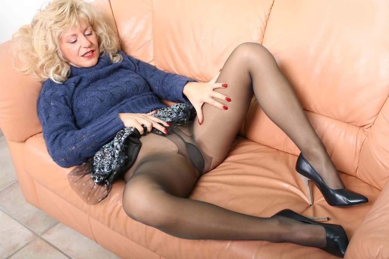 hot amateur wife stockings tumblr