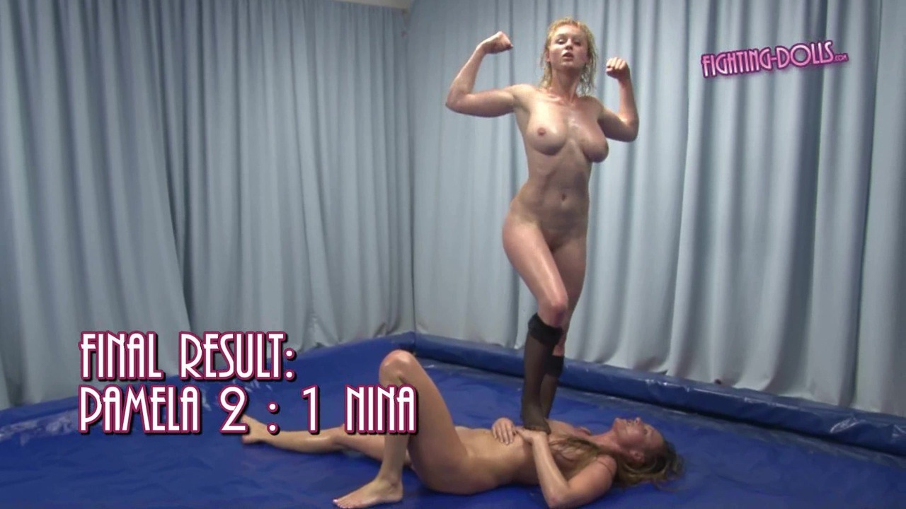 female submission wrestling