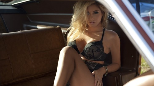 tumblr mbhr9vC43p1qkegsbo1 500 Random Inspiration #52 | Architecture, Cars, Girls, Style & Gear